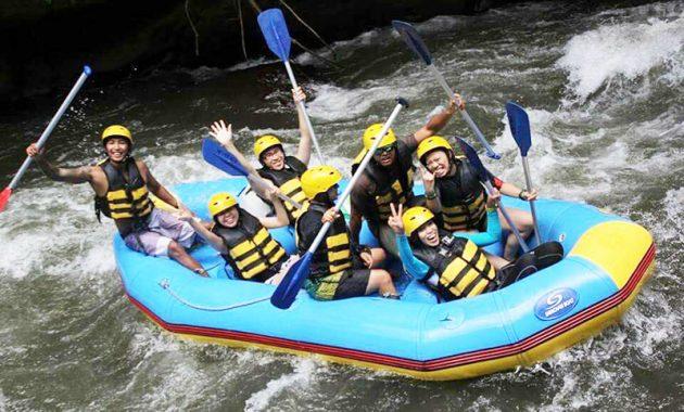 Telaga Waja rafting - Tips Aman Melakukan Rafting Saat Hujan